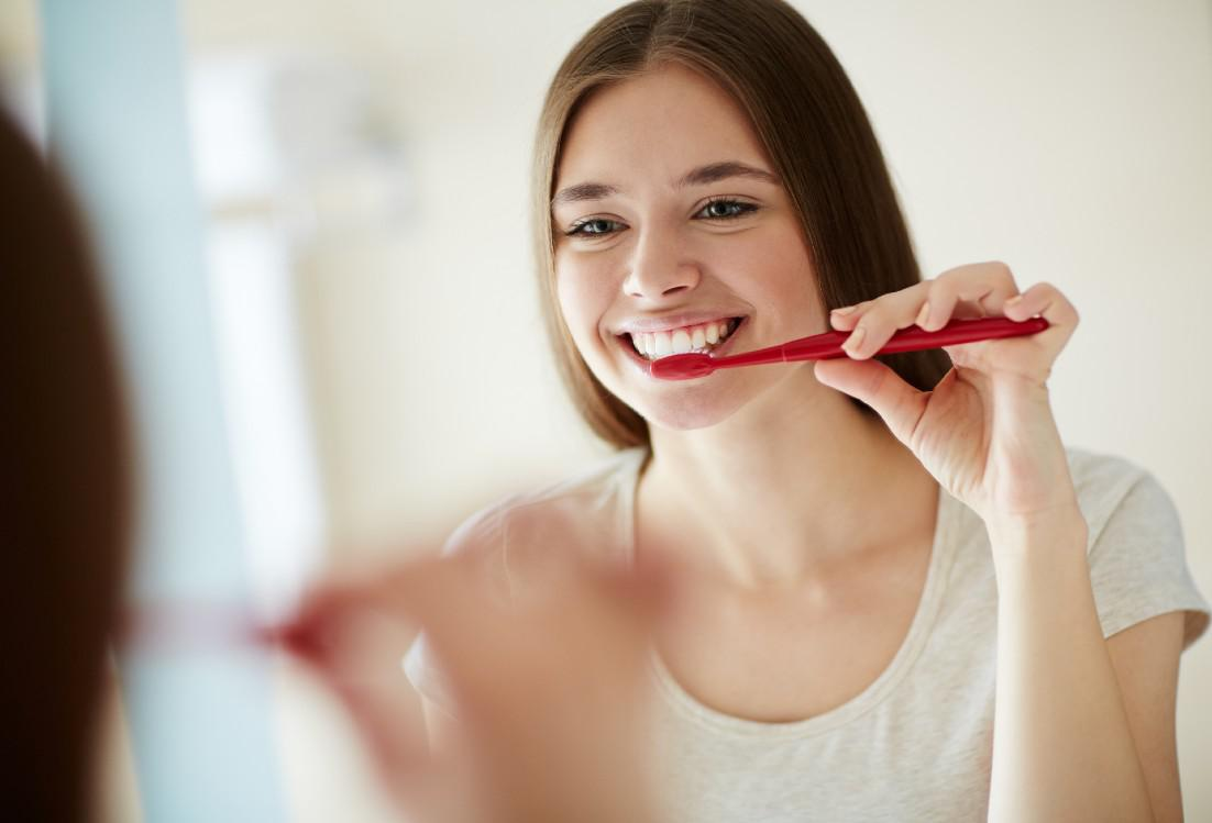 Are Your Brushing Your Teeth the Wrong Way?